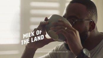 Silk Original Oat Milk TV Spot, 'Marching Drums' - Thumbnail 10