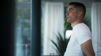 Therabody Theragun Pro TV Spot, 'CR7' Featuring Cristiano Ronaldo, Song by Kodaline - Thumbnail 3