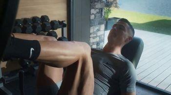 Therabody Theragun Pro TV Spot, 'CR7' Featuring Cristiano Ronaldo, Song by Kodaline - Thumbnail 6