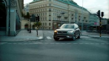 Volvo Summer Safely Sales Event TV Spot, 'The Parents' Song by Pete Seeger [T2] - Thumbnail 4