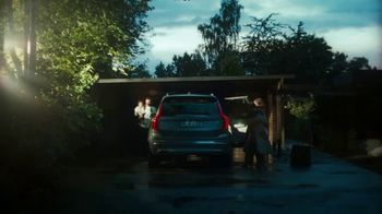 Volvo Summer Safely Sales Event TV Spot, 'The Parents' Song by Pete Seeger [T2] - Thumbnail 6