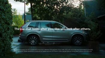 Volvo Summer Safely Sales Event TV Spot, 'The Parents' Song by Pete Seeger [T2] - Thumbnail 7
