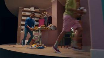 Lipton Herbal Iced Tea TV Spot, 'Stop Chuggin'' Song by Raphael Gualazzi - Thumbnail 3