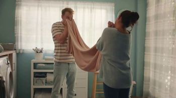 Downy Infusions TV Spot, 'Chaotic Kids' - Thumbnail 9