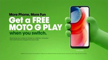 Cricket Wireless TV Spot, 'Mom Dancing to K-Pop: Free Moto G Play' - Thumbnail 10