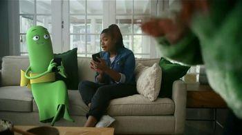 Cricket Wireless TV Spot, 'Mom Dancing to K-Pop: Free Moto G Play' - Thumbnail 4