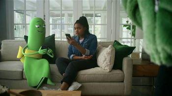 Cricket Wireless TV Spot, 'Mom Dancing to K-Pop: Free Moto G Play' - Thumbnail 6