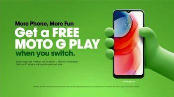 Cricket Wireless TV Spot, 'Mom Dancing to K-Pop: Free Moto G Play' - Thumbnail 9