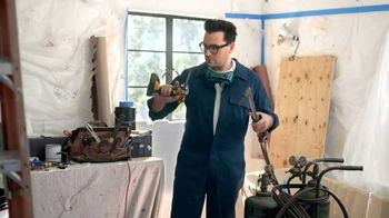 Citi Custom Cash Card TV Spot, 'It Pays To Be Dan: Home Improvement and Fitness Club' Featuring Dan Levy - Thumbnail 2