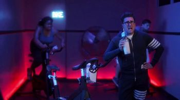 Citi Custom Cash Card TV Spot, 'It Pays To Be Dan: Home Improvement and Fitness Club' Featuring Dan Levy - Thumbnail 6