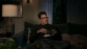 Citi Custom Cash Card TV Spot, 'It Pays to Be Dan' Featuring Dan Levy - Thumbnail 6