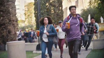 Dunkin' Iced Coffee TV Spot, 'Run' - Thumbnail 5