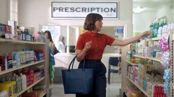 Citi Custom Cash Card TV Spot, 'It Pays to be Rashida: Home Improvement, Drug Stores' - Thumbnail 4