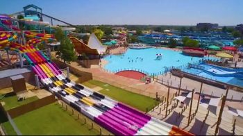 Six Flags Hurricane Harbor Arlington TV Spot, 'The Thrill is Calling: Banzai Pipeline' - Thumbnail 4