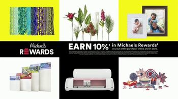 Michaels Lowest Prices of the Season Sale TV Spot, 'Frames, Home Decor and Craft Supplies' - Thumbnail 6