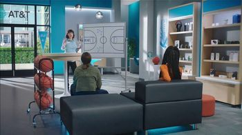 AT&T Wireless TV Spot, 'Lily Plays' - Thumbnail 1