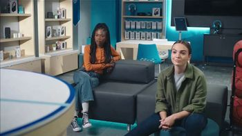 AT&T Wireless TV Spot, 'Lily Plays' - Thumbnail 3