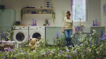 Snuggle Exhilarations TV Spot, 'Trending'