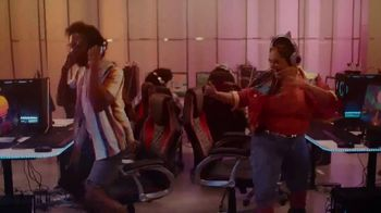 Facebook Groups TV Spot, 'Take on Anything' Featuring Laverne Cox, Song by Shea Diamond - Thumbnail 6