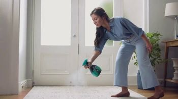 Febreze Unstopables Touch TV Spot, 'Welcome Home to Fresh' - Thumbnail 4