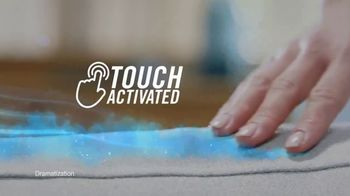 Febreze Unstopables Touch TV Spot, 'Welcome Home to Fresh' - Thumbnail 5