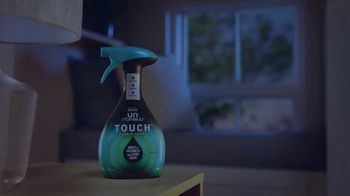 Febreze Unstopables Touch TV Spot, 'Welcome Home to Fresh' - Thumbnail 6