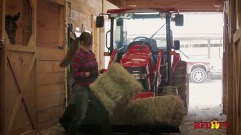 Farmall TV Spot, 'Can-Do Comes in Red' - Thumbnail 5