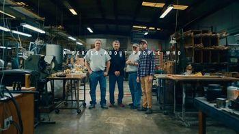 Charles Schwab TV Spot, 'Louisville Golf' - Thumbnail 8