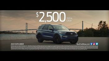 Ford TV Spot, 'Because of This: SUVs: Crew and Cargo' [T2] - Thumbnail 4