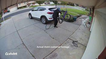 Vivint TV Spot, 'My Vivint Story: A Bike, Bolt Cutters and a Whistle' - Thumbnail 4