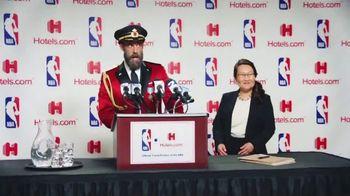 Hotels.com TV Spot, 'NBA Press Conference' - Thumbnail 1