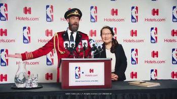 Hotels.com TV Spot, 'NBA Press Conference' - Thumbnail 9