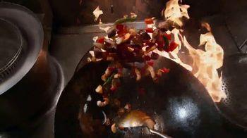 Panda Express Wok-Seared Steak & Shrimp TV Spot, 'Ordena hoy' [Spanish] - Thumbnail 2