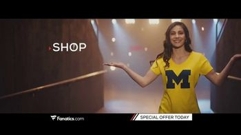 Fanatics.com TV Spot, 'Support Your Favorite College: Every Conference and Team' - Thumbnail 6