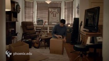 University of Phoenix TV Spot, 'Makeover' - Thumbnail 1