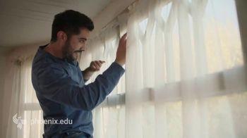 University of Phoenix TV Spot, 'Makeover' - Thumbnail 4