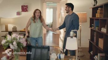 University of Phoenix TV Spot, 'Makeover' - Thumbnail 5