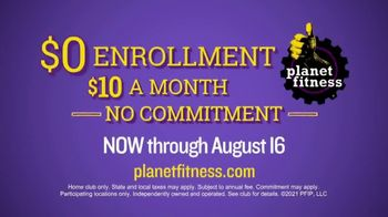 Planet Fitness TV Spot, 'Squeaky Clean' - Thumbnail 8
