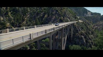 Lexus Golden Opportunity Sales Event TV Spot, 'Hybrid: No Signal' [T1] - Thumbnail 3