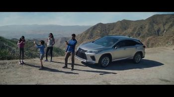 Lexus Golden Opportunity Sales Event TV Spot, 'Hybrid: No Signal' [T1] - Thumbnail 5