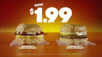 Wendy's Breakfast Croissants TV Spot, 'Unbelievable Breakfast Facts With Reggie Bush' - Thumbnail 10