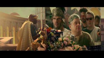 Caesars Sportsbook TV Spot, 'Only Caesars Can Give You Caesars Rewards' Featuring Patton Oswalt, J.B. Smoove