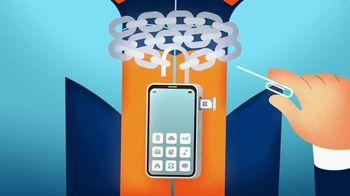 Consumer Cellular TV Spot, 'Gator Trap' - Thumbnail 3