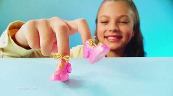 Real Littles TV Spot, 'Micro Surprises' - Thumbnail 6