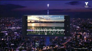Samsung S21 Ultra 5G TV Spot, 'Behind the Moment: épico' canción de CRMNL [Spanish] - Thumbnail 2