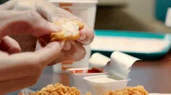 Popeyes Chicken Nuggets TV Spot, 'Nosotros venimos en pieza' [Spanish] - Thumbnail 4