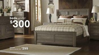 Ashley HomeStore Summer Closeout Sale TV Spot, '40% Off Outdoor Furniture: Rewards Card' - Thumbnail 4