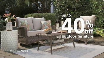 Ashley HomeStore Summer Closeout Sale TV Spot, '40% Off Outdoor Furniture: Rewards Card' - Thumbnail 5