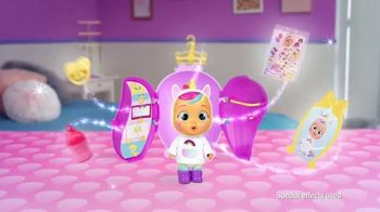 Cry Babies Magic Tears Storyland TV Spot, 'Discover All the Surprises: Fairy Tales Characters' - Thumbnail 4