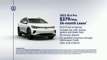 2021 Volkswagen ID.4 TV Spot, 'Tech Upgrade' [T2] - Thumbnail 7